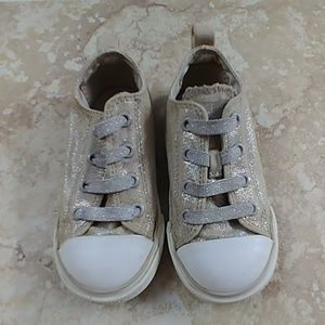 Converse girls toddler 8 sneakers